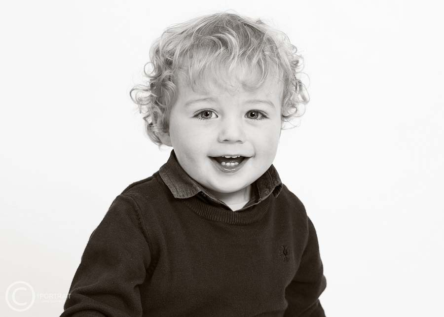 Child Portrait Photography, B&W Portrait, 1PORTRAIT Studio www.1portrait.ie