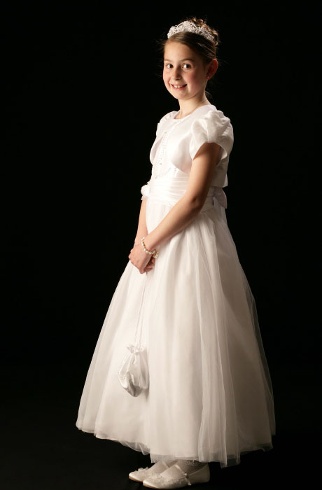 First Communion & Confirmation Portrait Photography little girl www.1portrait.ie