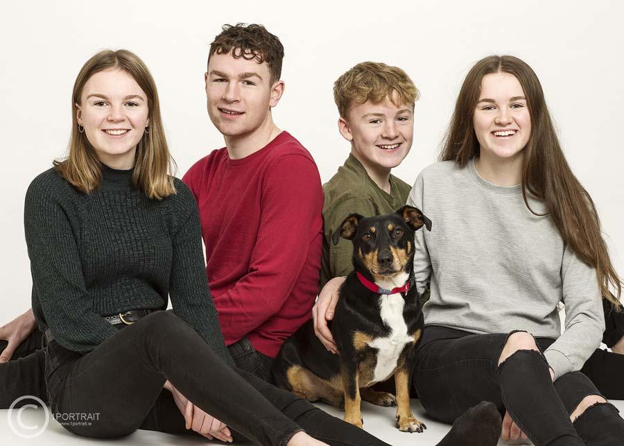 Dog  & Family Pet Photographer